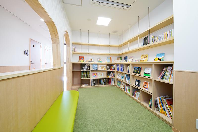 2階【図書コーナー】